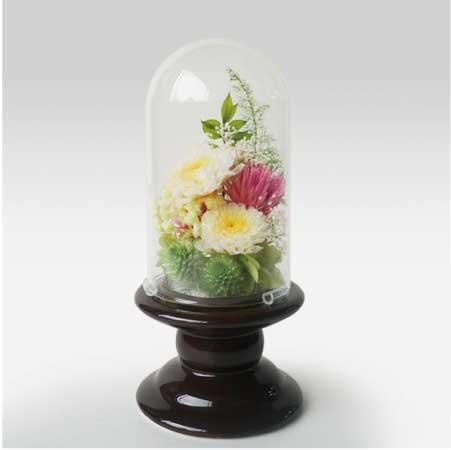 弔電・お悔やみ電報「プリザーブドドーム 哀花」陶器にプリザーブドフラワーでアレンジメントしたガラスタイプの電報