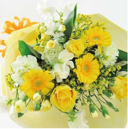 イエロー系の季節のフラワーをアレンジした電報の「季節の花束(イエロー)」